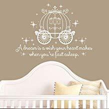 """Lustiger Wandaufkleber mit Zitat """"A Dream is a Wish Your Heart Makes with Princess Carriage"""" für Mädchen, Kinderzimmer, Babygeschenk, personalisierbar, 71,1 x 99,1 cm (H x B)"""