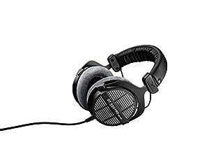 Cuffie sovra-aurali aperte ideali per il mixaggio, il mastering e l'editing professionali Perfette per applicazioni in studio grazie al loro suono trasparente, spaziale, con bassi e alti potenti Comfort elevato grazie ai cuscinetti per le orecchie in...