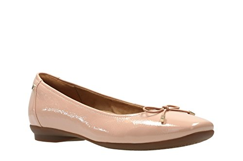 Clarks Candra Mujeres Luz Amplia Casual Zapatos