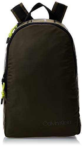 Calvin Klein Trail Round Backpack - Zaini Uomo, Verde (Camouflage), 1x1x1...