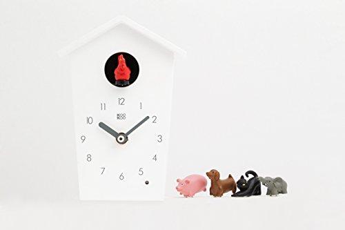 KOOKOO AnimalHouse Weiß, Moderne kleine Kuckucksuhr mit 5 Bauernhoftieren, Aufnahmen aus der Natur Moderne witzige Design Uhr