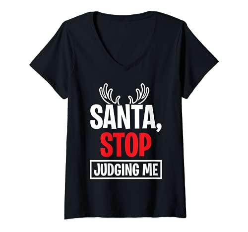 Mujer Santa Stop Judging Me Navidad Cornamenta de reno Navidad Divertido Camiseta Cuello V