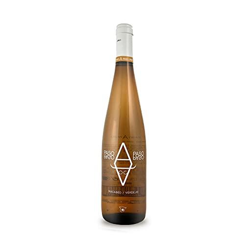 BODEGAS Y VIÑEDOS VOLVER   Vino Blanco Paso a Paso   Cosecha 2020   Variedades Macabeo y Verdejo   Vino de la Tierra de Castilla   (1 Botella x 750 ml)