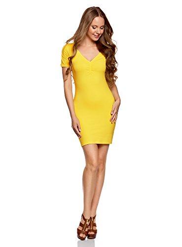 Vestido amarillo de silueta ajustada con escote en V