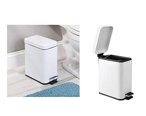 iDesign Cubo con tapa para la basura, papelera pequeña con pedal en plástico y metal, cubo de basura para tirar residuos en la cocina y el baño, blanco