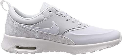 Nike Wmns Air MAX Thea PRM, Zapatillas de Gimnasia para Mujer, Dorado (Pure Platinum/Pure Platinum/Su 026), 38 EU
