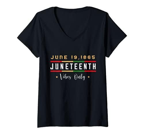 Mujer Juneteenth 1865 Vibes Only Melanin Pride Retro Camiseta Cuello V