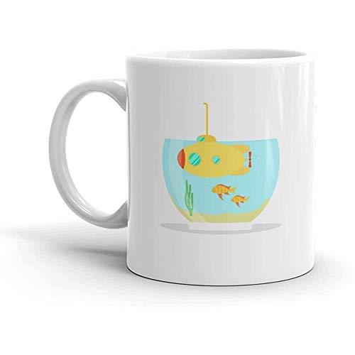 Divertente Tazza Di Caffè - Sottomarino Giallo In Acquario Con Pesce A Nuota Sotto Un Serbatoio Tazza Di Tazza Di Caffè In Ceramica, Bianco