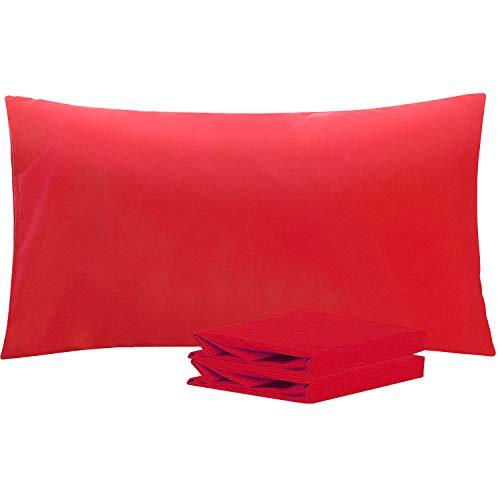 NTBAY Fundas de Almohada de Microfibra Lisa, Juego de 2 Fundas de Almohada Suaves, Antiarrugas y Resistentes a Las Manchas con Cierre de sobre, 50x90 cm, Rojo