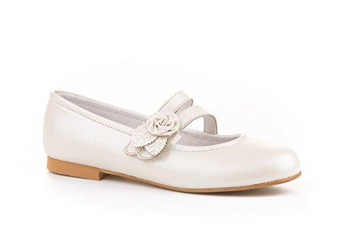Zapatos de niña Fabricados en Piel para Ceremonia. Calzado de niña Hecho a Mano - MiPequeña Modelo 990v Color Beige.
