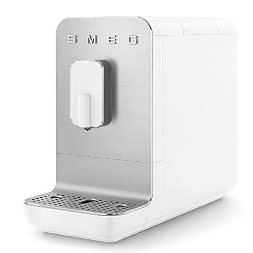 Smeg Cafetera automática compacta BCC01WHMEU, color blanco