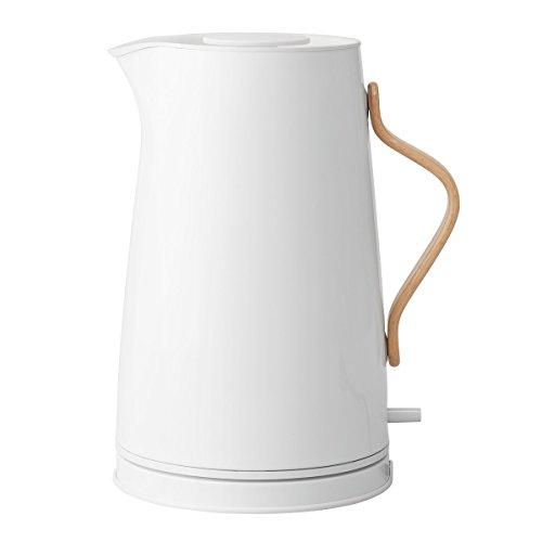 Stelton Wasserkocher Emma - Elektrischer Kocher, Wasserkessel - Kessel im skandinavischen Design - Filter, Trockenkoch-Sicherheitsschalter mit Abschaltung, Buchenholzgriff - 1,2 Liter, Weiß, Kreide