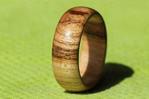 Ring - Holz der Kirsche - schöner handgefertigter Schmuck für den Finger