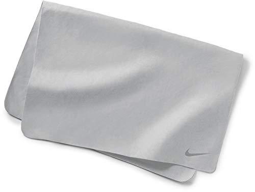 Nike Swim Large Hydro Towel (Racer Pink, One Size)