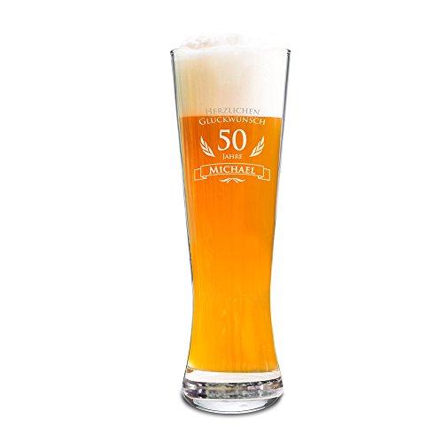 AMAVEL Weizenbierglas mit Gravur zum 50. Geburtstag Personalisiert mit Namen, Individuelles Weizenglas als Geburtstagsgeschenk für Männer, ca. 0,5 l