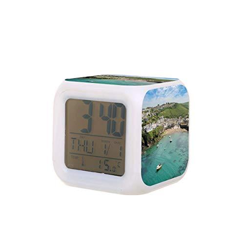 Port Isaac Cornwall - Reloj despertador digital con luz nocturna, calendario, luz nocturna, color negro