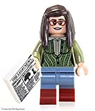 LEGO Ideas Big Bang Theory Minifigure - Amy Farrah Fowler w/ News Article (21302)