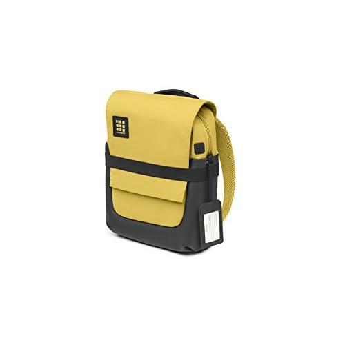 Moleskine ID Collection Zaino da Lavoro Professionale Waterproof Device Backpack per Tablet, Laptop, PC, Notebook e iPad Fino a 15'', Dimensioni 27 x 11 x 36 cm, Colore Giallo Ambra