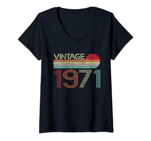 Womens Vintage 1971 50th Birthday Gift Men Women 50 Years Old V-Neck T-Shirt