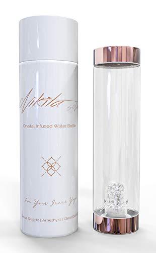 Nikita By Niki ® Botella de agua de cristal con infusion de cristal | Tapa metalica de oro rosa reutilizable Elixir curativo de cuarzo natural (500 ml) … (cuarzo transparente)