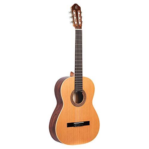 Ortega R180 Konzertgitarre Custom Made in 4/4 Größe handgefertig in Spanien massive Decke natur im seidenmatten Finish mit hochwertigem Gigbag