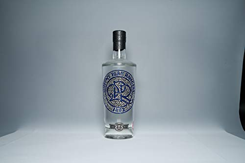 Bohemian Brands Crystal Edition QPR FC Premium Vodka, 70 cl