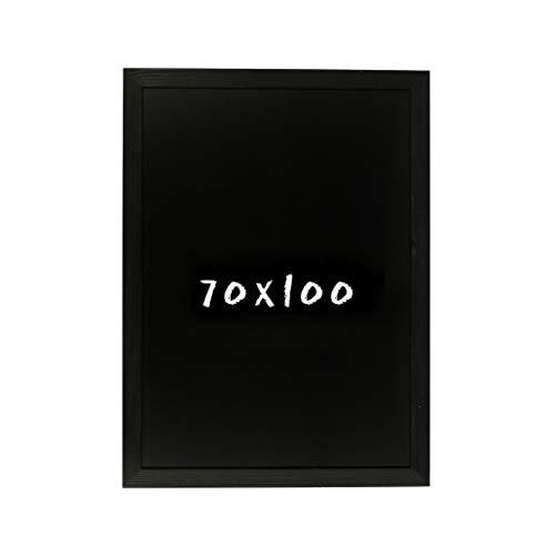 Postergaleria Kreidetafel für Wand | 70x100cm | Schwarz | Wandtafel aus Kiefernholz (HDF) in Schwarz | mit Kreide und Einer Schnur zum Aufhängen | für Küchen, Cafés, Geschäfte | Viele Farben |6 Größen