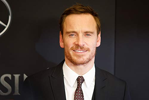 Posterazzi Poster Print Michael Fassbender at Arrivals for Assassin's Creed Premiere AMC Empire 25 New York Ny December 13 2016. Photo by Jason SmithEverett Collection Celebrity (20 x 16)