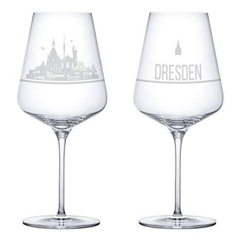 I LOVE Dresden Weingläser 2er Set | Weinglas mit Gravur der Dresden Skyline | Souvenir Deutschland | Geschenkidee Muttertag, Vatertag, Gastgeschenk | Geschenkbox Deutschland | MADE IN GERMANY