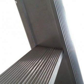 Eurostairs Reform ladder driedelig uitgebogen 3x12 sporten + gevelrollen