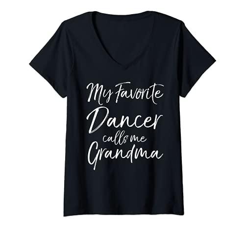 Mujer Bonito regalo de la abuela Mi bailarina favorita me llama la abuela Camiseta Cuello V