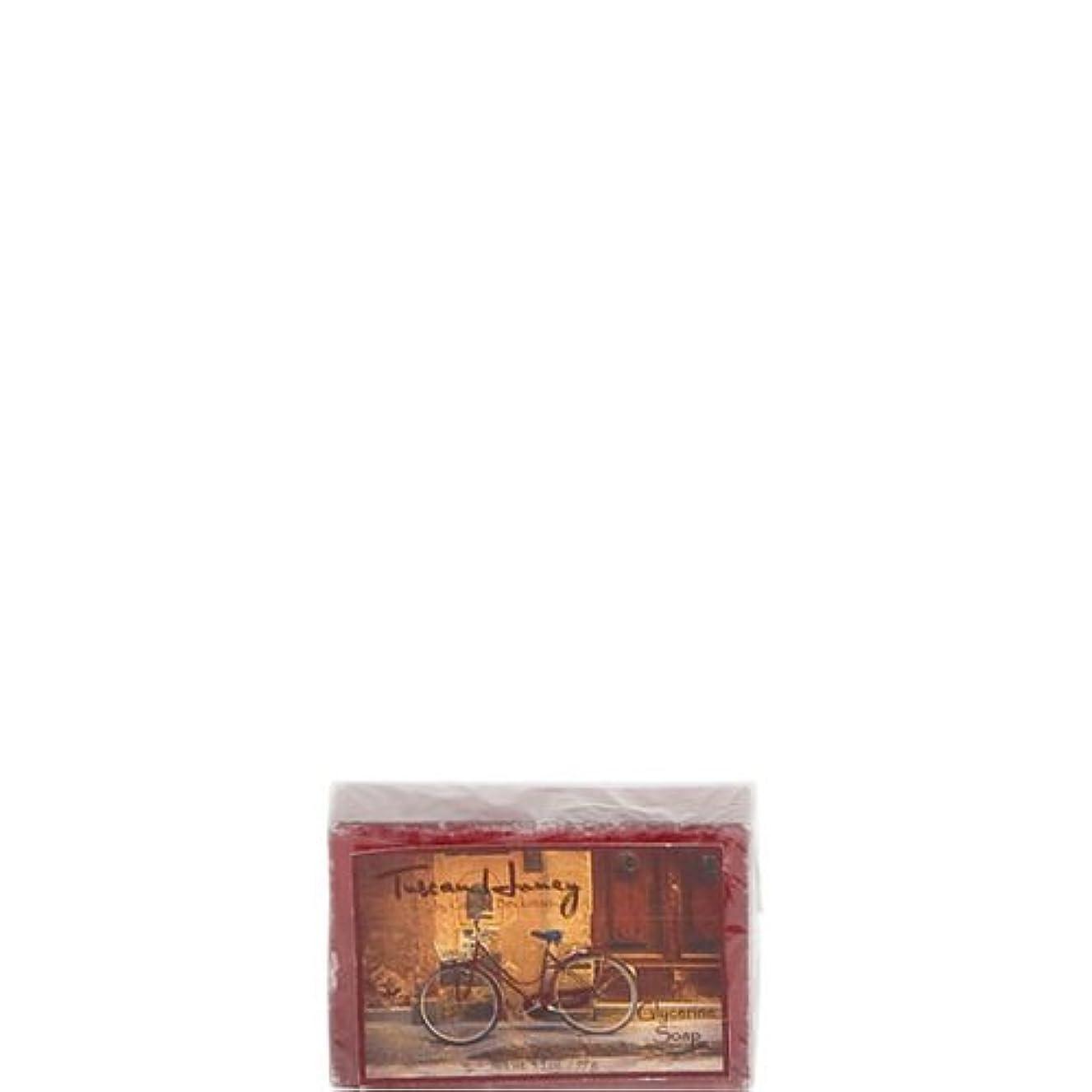 寛大なスポンサーガウンCamille Beckman Glycerine Bar Soap 3.5 oz - Secret Sea Scent by Camille Beckman [並行輸入品]