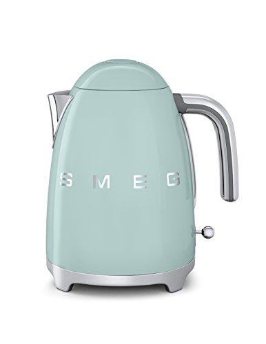 Smeg KLF01PGEU Wasserkocker 1,7L Pastell verde - MERKMALE e AUSSTATTUNG: Fassungsvermögen 1,7 L (6 Kaffeebecher).Soft - Opening Kannenverschluss.alloggiamento aus Edelstahl, lackiert.Wasserfilter aus Edelstahl, herausnehmbar.Autom. Sicherheitsabschaltung bei 100°C.Kabellose 360° Bedienung. Integriertes