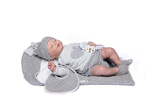 Poupée Guca - Poupée Reborn Henar Pyjama Blanche, Bavoir Mousseline et Sac Gris 46 cm, Multicolore (18035)