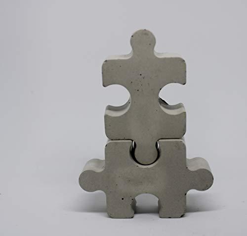 2 Kleiderhaken oder Kleiderhalter als Puzzleteile