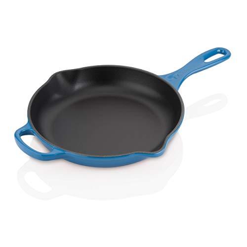 Le Creuset, Skillet en Fonte Émaillée, Rond, Ø 23 cm, Compatible avec Toutes Sources de Chaleur (Induction Incluse), 1.93 kg, Bleu Marseille