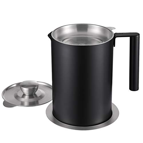 Sumerflos 304 Stainless Steel Grease Container with Strainer - 1.9 Qt Oil Storage Pot Grease Keeper, with Dust-Proof Lid & Easy Grip Handle - for Bacon, Kitchen Frying Oil, Black