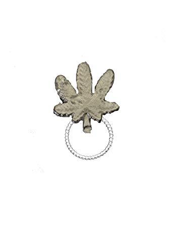 Kruid Cannabis Ganja Leaf FT41 2.6x2.6cm Embleem Gemaakt Van Fijn Engels Tinnen Broche drop hoepel Houder Voor Bril, Pen , ID sieraden geplaatst door ons geschenken voor alle 2016 van DERBYSHIRE Verenigd Koninkrijk...