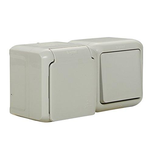 Legrand 782391 Forix - Juego de interruptor y enchufe de montaje en superficie a prueba de humedad (horizontal). Enchufe IP44 con tapa. Color Blanco