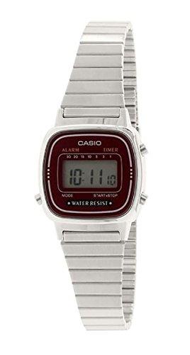 Casio, orologio digitale da donna con bracciale in metallo LA-670WA-4