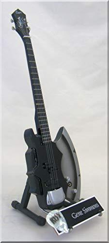 GENE SIMMONS Miniatur Gitarre KISS Axe mit Plektrum
