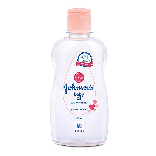 Johnson's Baby Oil with Vitamin E, Non-Sticky for easy spread and massage, 500ml