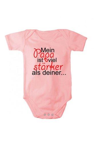Fabio Farini Barboteuse Mon papa est bien plus fort que le tien dans différents langues, Taille:9 mois;Couleur/langue:rose texte allemand
