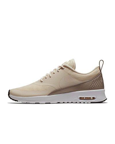 Nike Wmns Air MAX Thea, Zapatillas Mujer, Amarillo (Guava Ice/Guava Ice-Diffused Taupe-Black 804), 42 EU