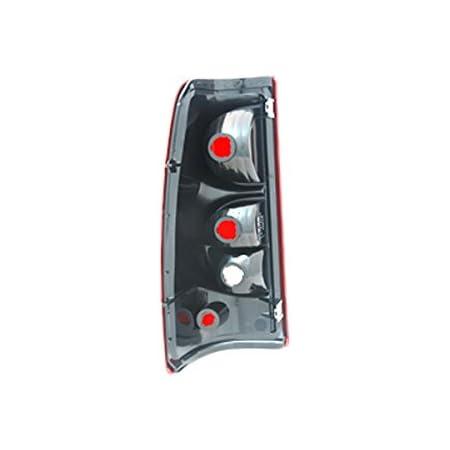 Amazon Com Tyc 11 6334 00 1 Chevrolet Aveo Left Replacement Tail Lamp Automotive