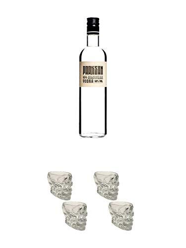 Partisan Vodka 50 Prozent 0,5 Liter + Wodka Totenkopf Shotglas 2 Stück + Wodka Totenkopf Shotglas 2 Stück
