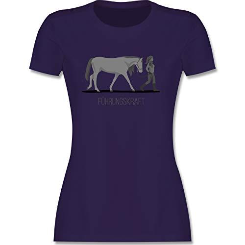 Reitsport - Führungskraft - L - Lila - Reiter Shirt Damen - L191 - Tailliertes Tshirt für Damen und Frauen T-Shirt