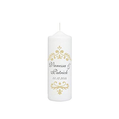 Hochzeitskerze mit Namen und Datum in Weiß, Vintage Dekor in Creme - personalisiert, finaler Wachs-Überzug für ebenmäßige Oberfläche