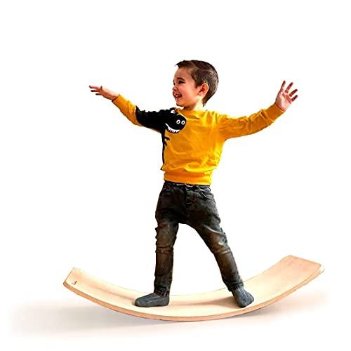 Tabla curva de madera fabricada de manera artesanal en Zaragoza (España). Tabla de equilibrio Montessori