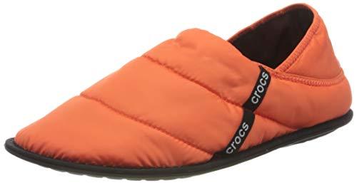Crocs Unisex-Erwachsene Neo Puff Slipper Hausschuhe, Orange (Mandarine), 43-44